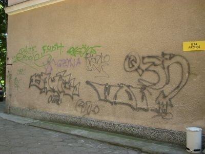 scianazgraffitiprzedSopot